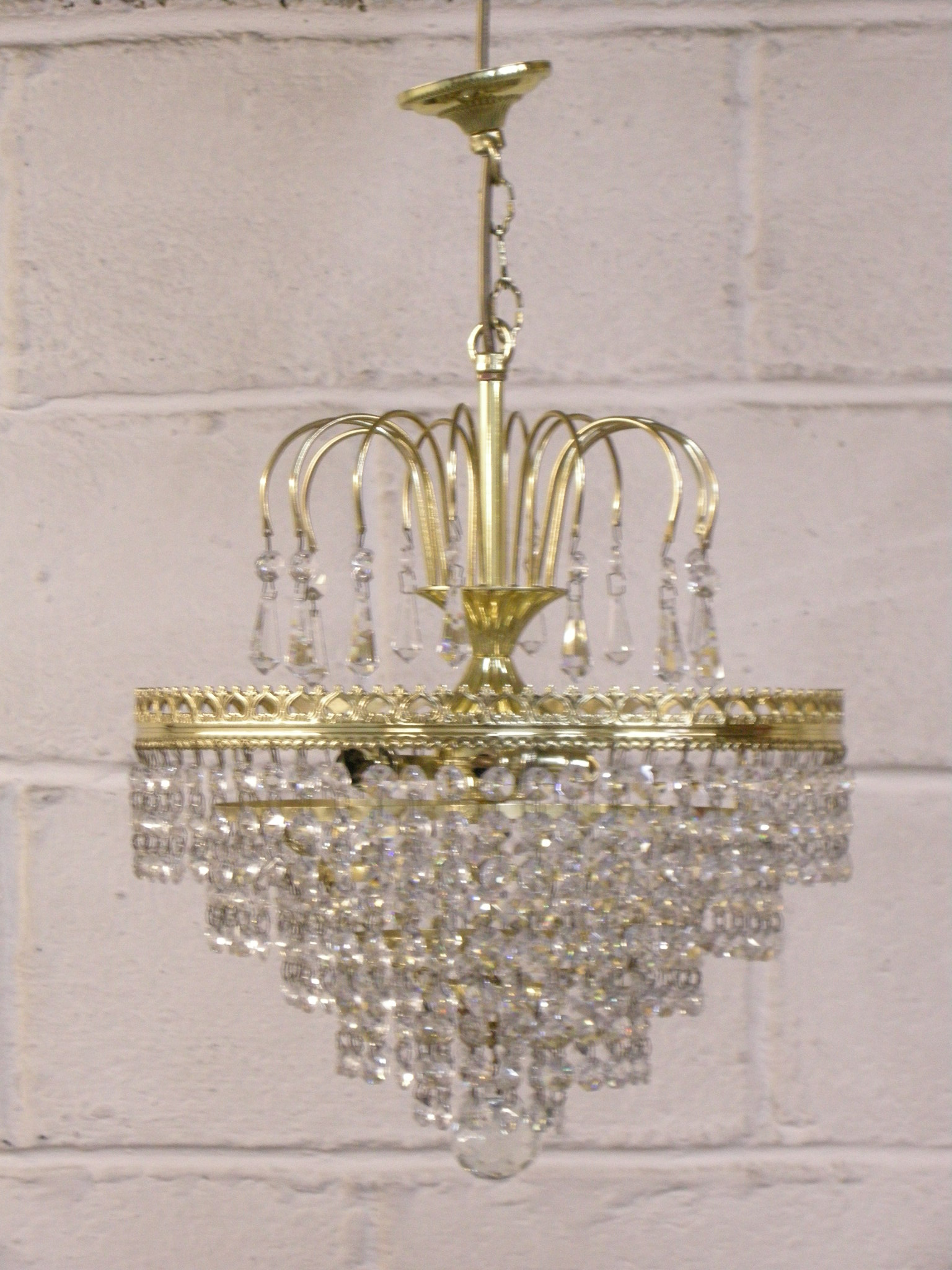 crystal and brass lighting pendent
